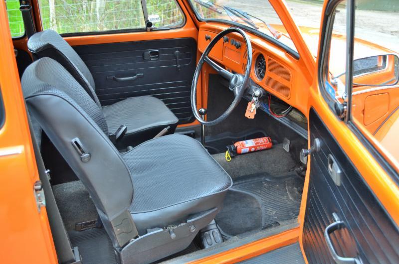 Has pensado en pintar el interior de tu coche vtc talleres - Empapelar coche para pintar ...